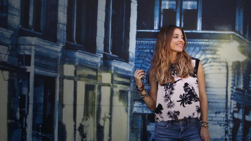 Debi Nova cree que aún hay quien elige sonidos más allá de la música urbana