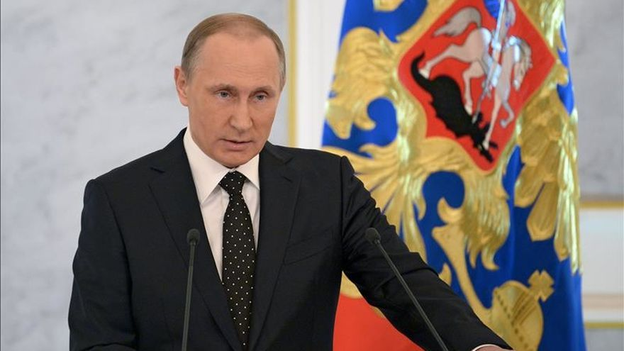 Putin ordena llevar a Kiev a los tribunales si no paga la deuda antes del domingo