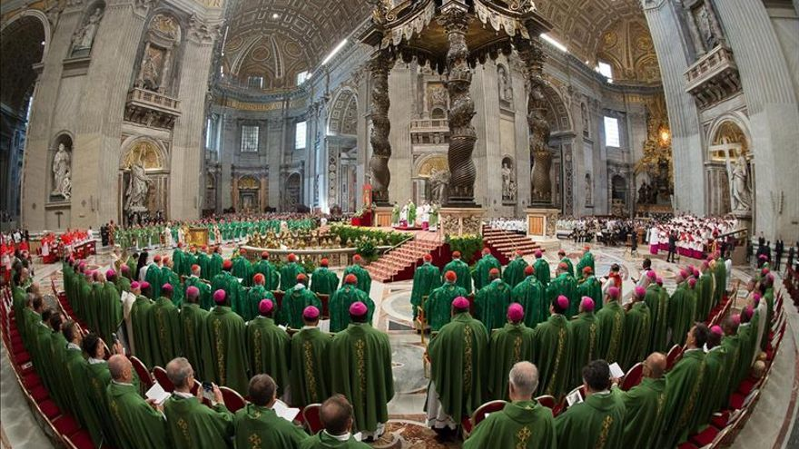 El Papa insta a hablar con libertad en el Sínodo de los obispos sobre familia