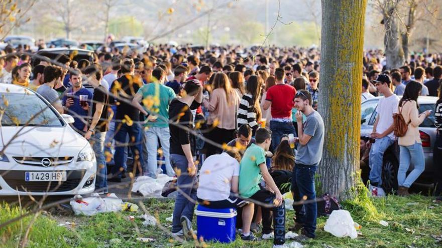 La FAD quiere implicar a toda la sociedad frente al alcohol en menores