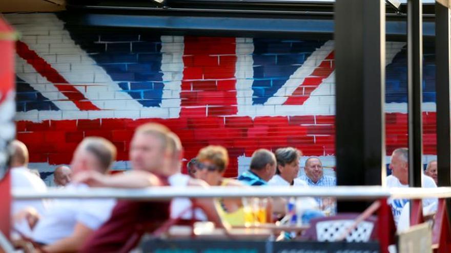 El número de británicos en España dobla al de españoles en el Reino Unido