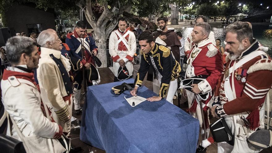 Representación de la 'Gesta del 25 de Julio' en Santa Cruz de Tenerife