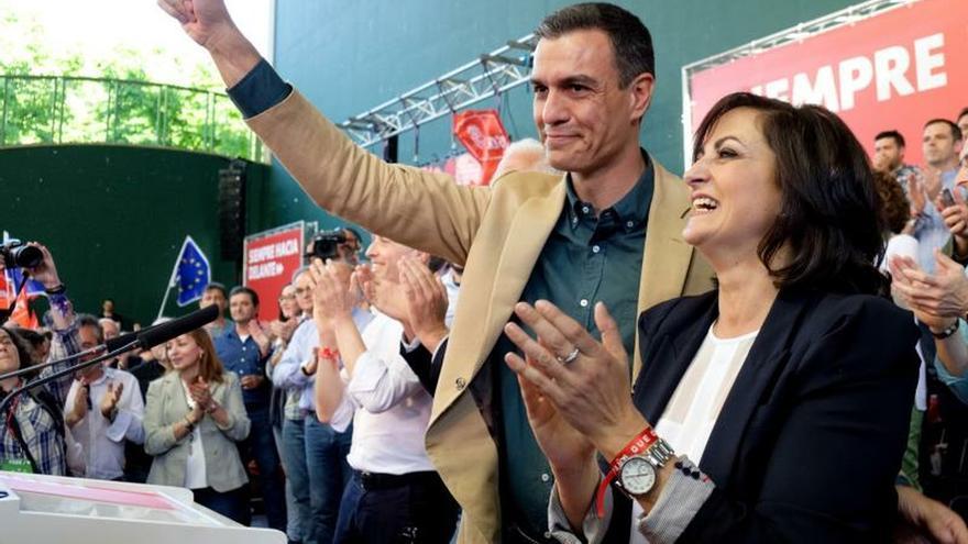 Sánchez asegura que la gente está cansada ya de discusiones del PP, Cs y Vox