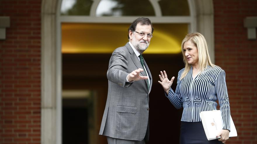 """Cifuentes llama a la unidad en torno a Rajoy para evitar que """"quienes desgobiernan"""" Madrid puedan gobernar España"""