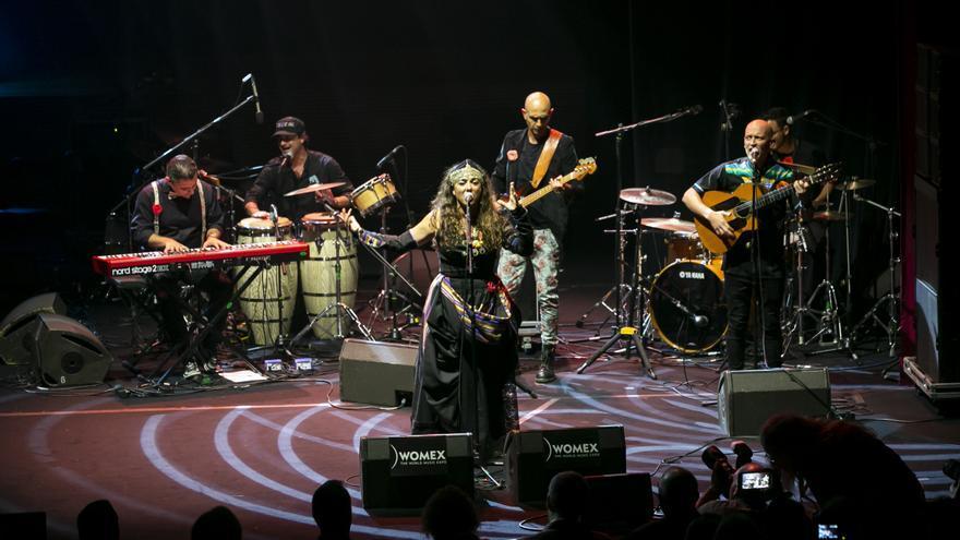 El grupo tinerfeño Caracoles presenta su rumba mestiza en Musicando.