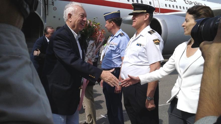 Margallo se reunirá mañana en el Vaticano con monseñor Gallagher