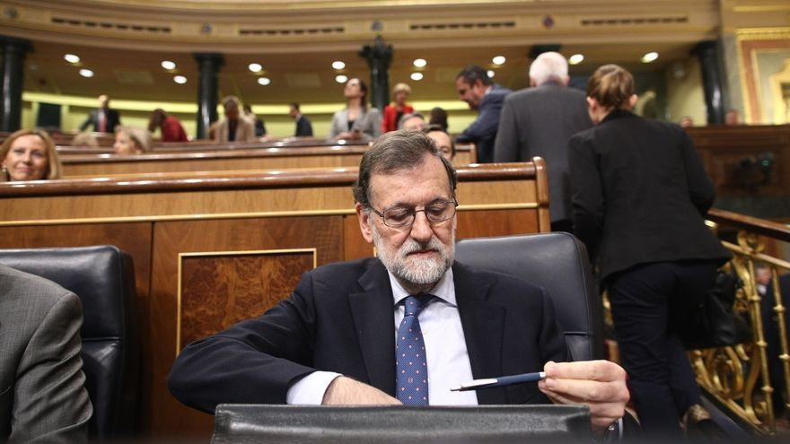 El Gobierno calcula que Rajoy y al menos cuatro ministros comparecerán en el Congreso la próxima semana
