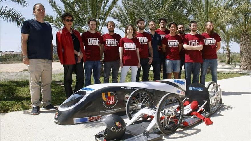 Estudiantes de Elche diseñan un vehículo ecológico con etanol para competir en Holanda