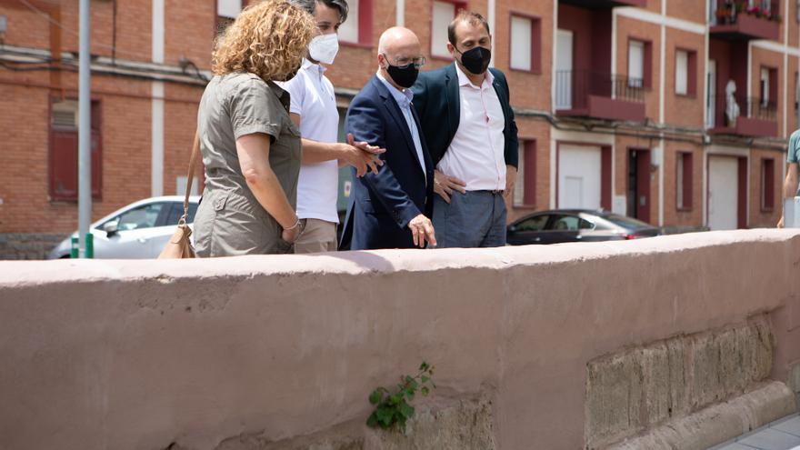 El consejero Ciriza y el alcalde Alberto Añón junto al concejal Jairo Alonso y la concejala Rosa María Iglesias