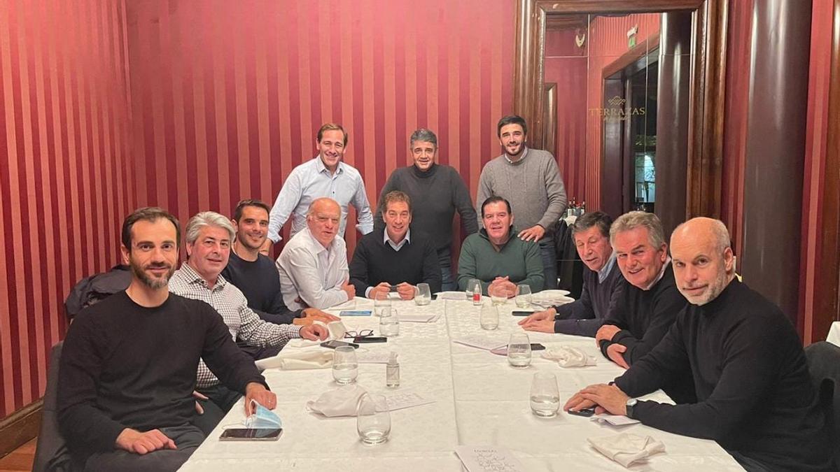 Larreta con Santilli, Jorge Macri y los intendentes bonaerenses del PRO