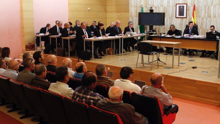El tribunal mantiene a la Junta como acusación en el 'caso Alhambra'