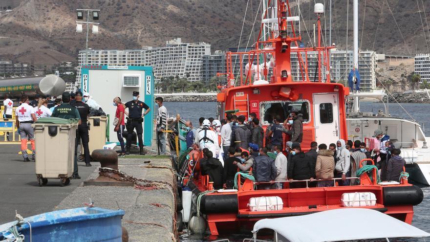 Canarias supera las 10.000 personas llegadas a través de la ruta migratoria atlántica a dos meses para terminar el año