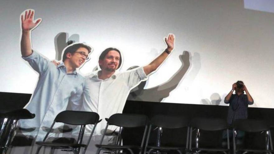 Maqueta de Pablo Iglesias e Iñigo Errejón