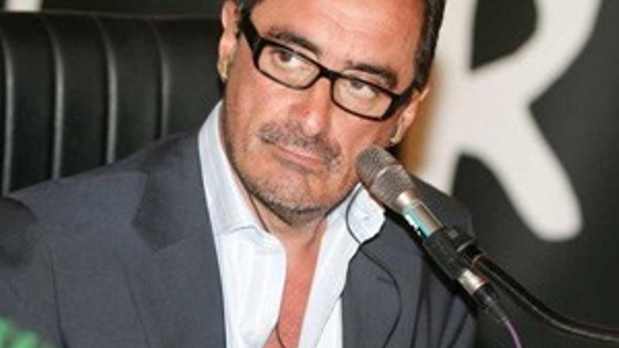Carlotti (Atresmedia) critica la entrevista de Carlos Herrera en TVE