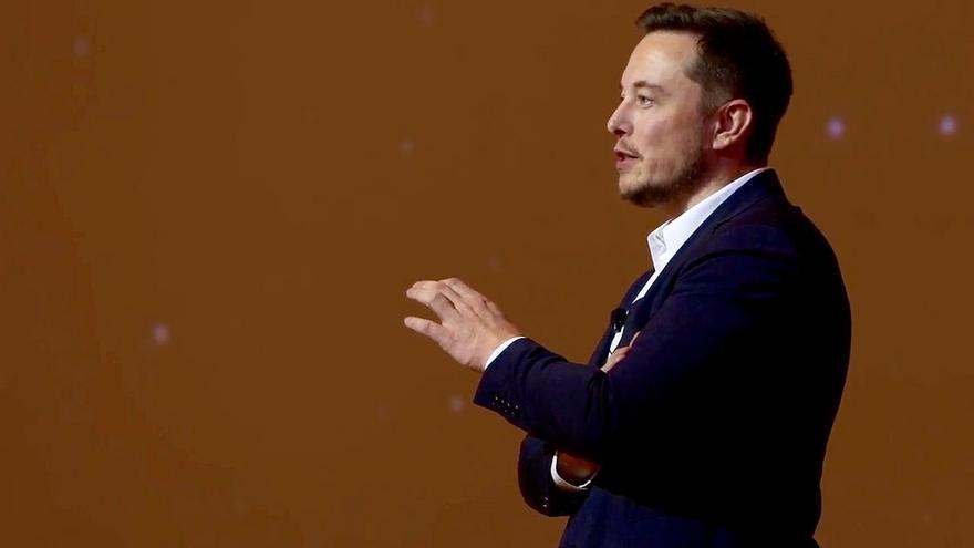 Elon Musk ha señalado que 'Life 3.0', un libro sobre el futuro de la inteligencia artificial, merece una lectura