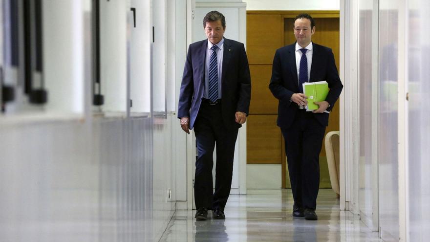"""Javier Fernández reivindica el """"derecho a convivir"""" ante la """"tensión provocada por el independentismo en Cataluña"""""""