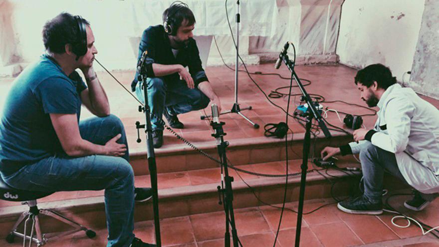Momento de la grabación del disco 'The Dame' en Pozuel de Ariza.