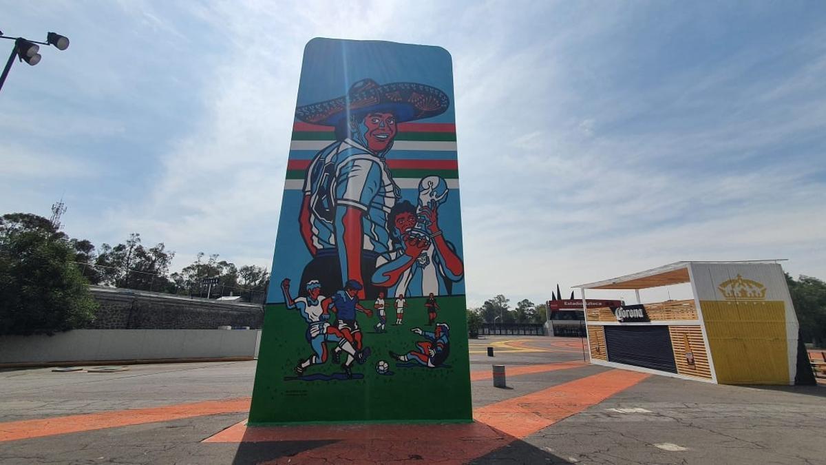 El mural muestra a Maradona con un sombrero mexicano con la idea de expresar el vínculo de hermandad entre ambos pueblos latinoamericanos.