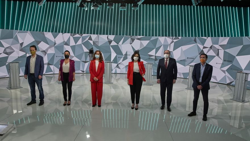 Los candidatos a las elecciones de la Comunidad de Madrid posan antes del debate televisado del pasado 21 de abril