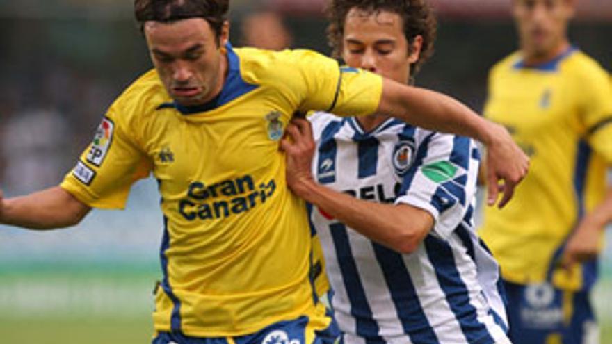 Samuel apunta a titular en el mediocentro de la UD Las Palmas. (ACFI PRESS)