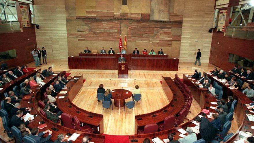 Todos los grupos de la Asamblea de Madrid condenan la agresión sufrida por Rajoy