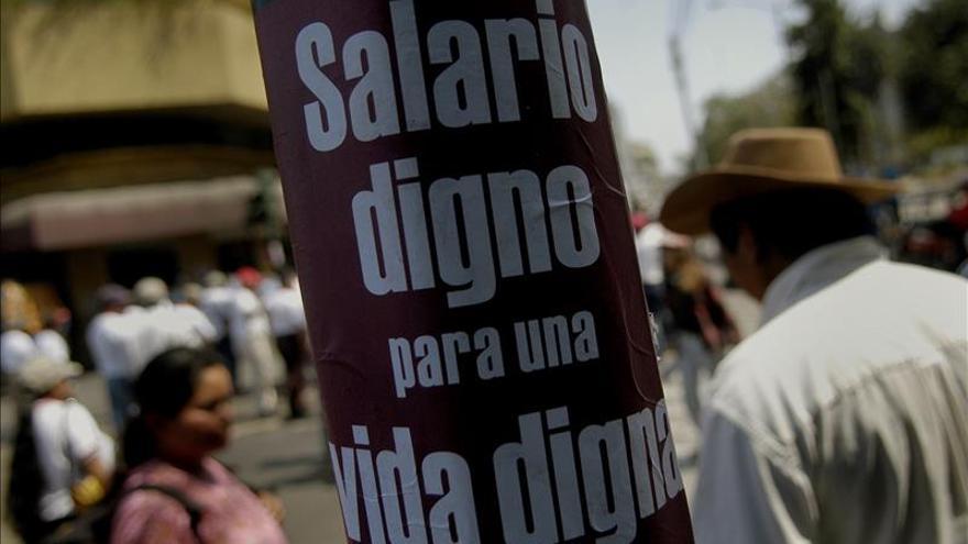 Expertos de la ONU consideran que la rebaja del salario industrial en Guatemala viola derechos humanos