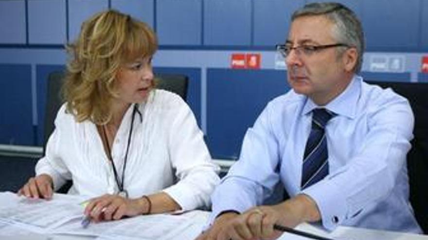 Leire Pajín y José Blanco