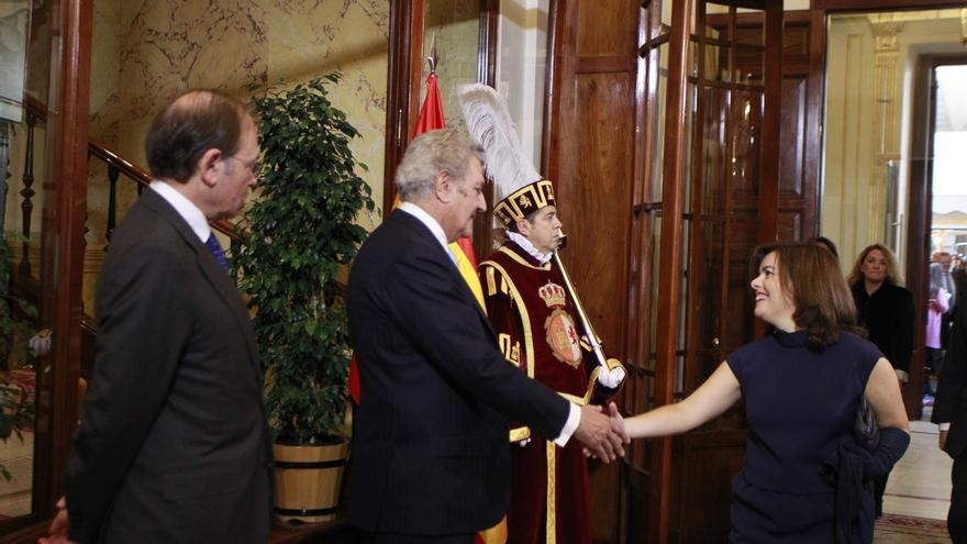 """Sáenz de Santamaría cree que Rajoy dio """"esperanza e ilusión"""" a los ciudadanos sobre el futuro de España"""