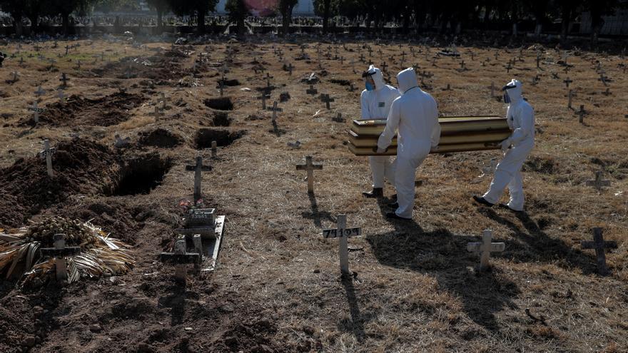 Brasil llega a 173.120 muertes de covid con nuevas restricciones en Sao Paulo