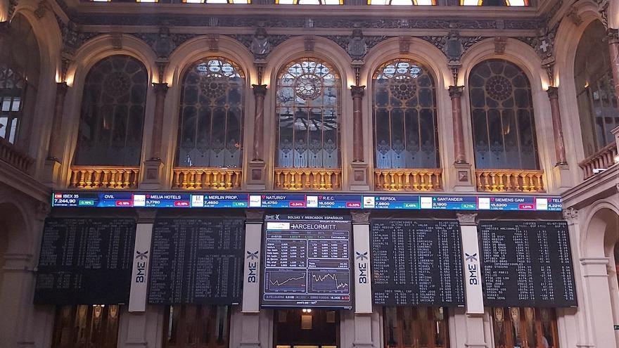 En la imagen, la Bolsa de Madrid, durante la sesión de ayer.