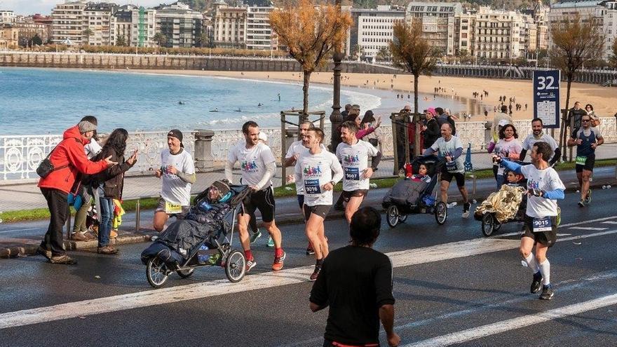 Jóvenes con ataxia telangiectasia participarán en el maratón de San Sebastián el día 25 para visibilizar su enfermedad