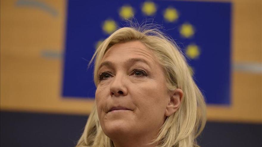 Le Pen reclama la suspensión inmediata de Schengen tras los ataques de París