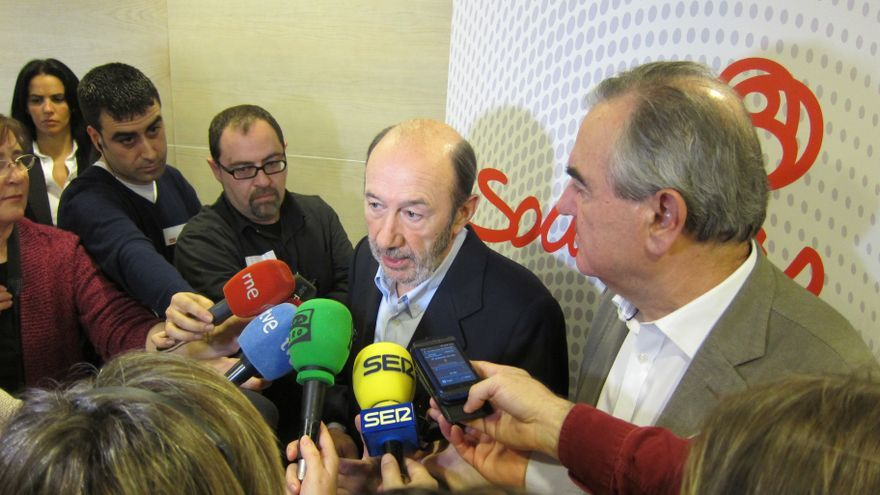"""Rubalcaba: """"Creo que el Gobierno murciano está agotado y eso no se arregla sustituyendo al presidente por un consejero"""""""