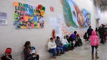 Maquila reconvertida en albergue refleja crisis migratoria en norte de México