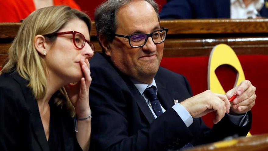 """Torra reivindica la """"república"""" para seducir a la CUP pero no es aún investido"""