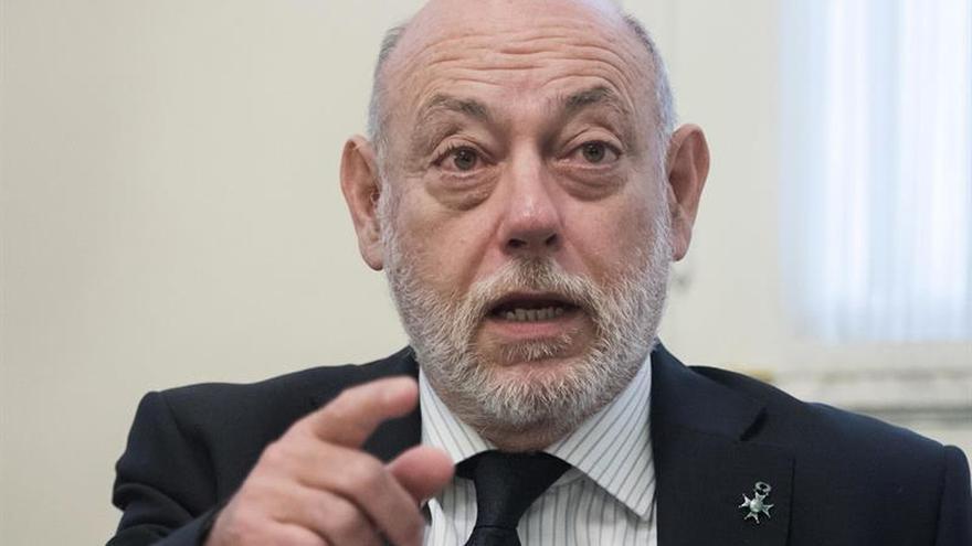 Maza renueva esta semana la cúpula fiscal en pleno debate sobre su autonomía