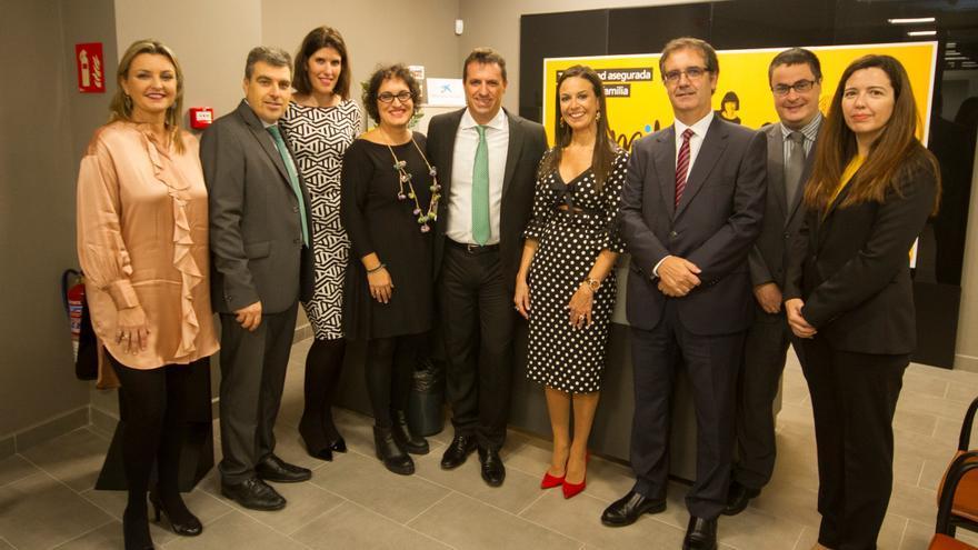 Acto de inauguración de la nueva ubicación de la oficina de CaixaBank en Breña Alta.