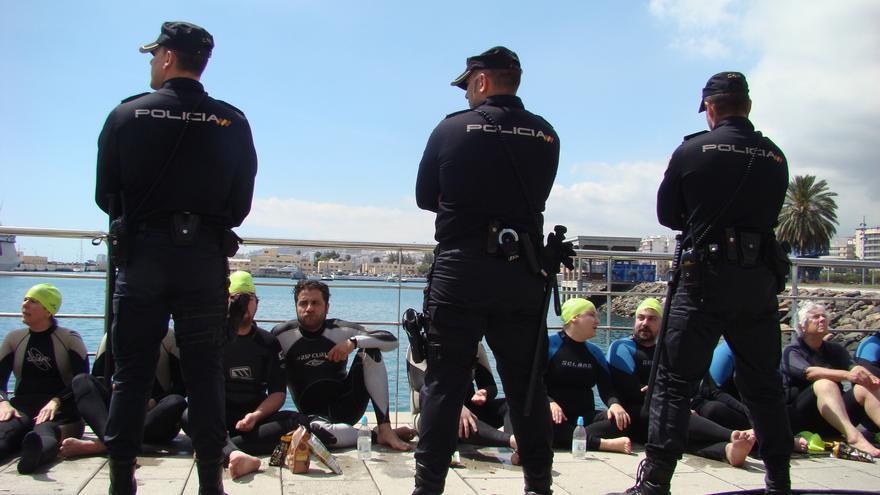 Acción antimilitarista en la Base Naval de Las Palmas de Gran Canaria 13 (Thalía Rodríguez)