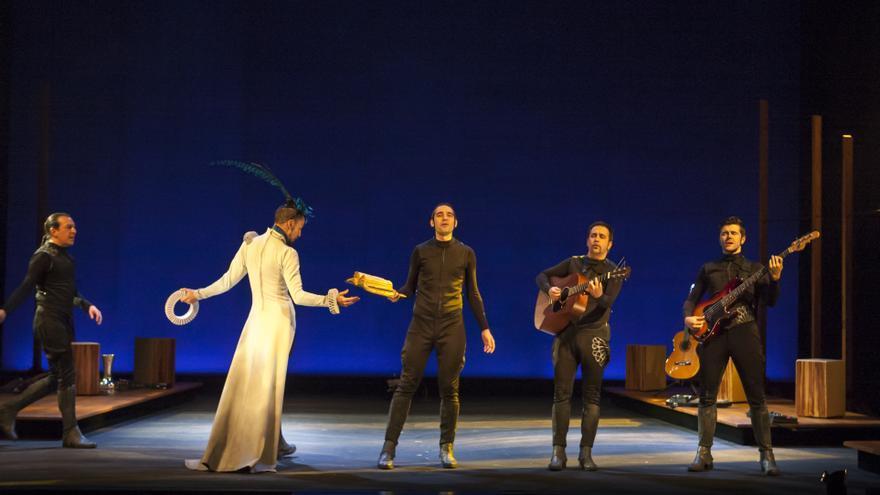La 'Cervantina' de Ron Lalá en el Teatro de la Comedia // Foto: Ceferino López.