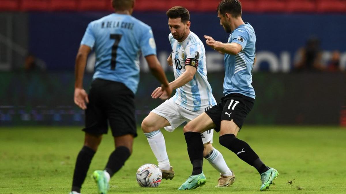 Messi fue determinante para que Argentina levante su nivel.