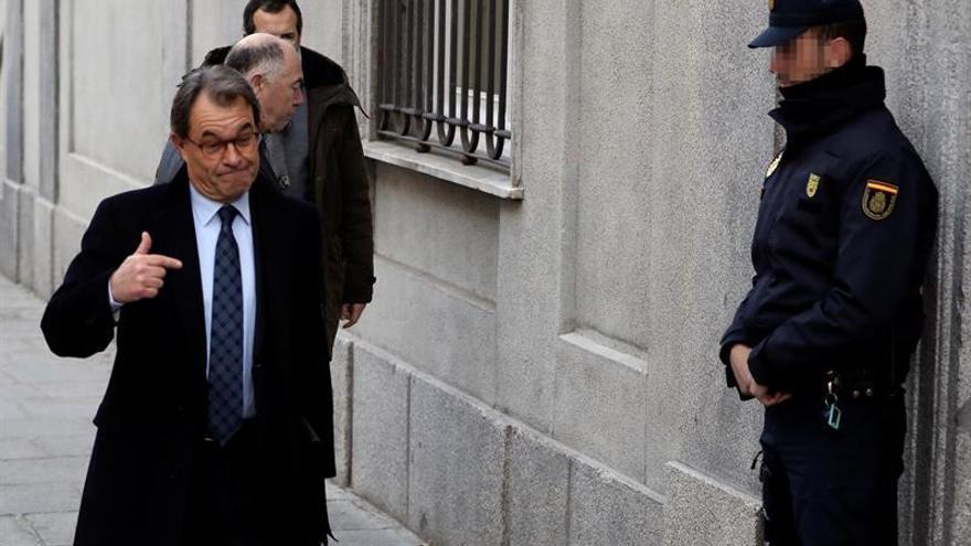 El Tribunal de Cuentas juzgará a Mas en octubre por los gastos del 9N
