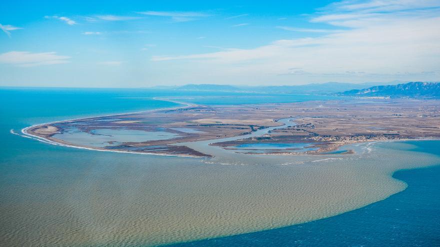 Entrada de sedimentos al delta del Ebro / SEO-Carlos Montserrat.