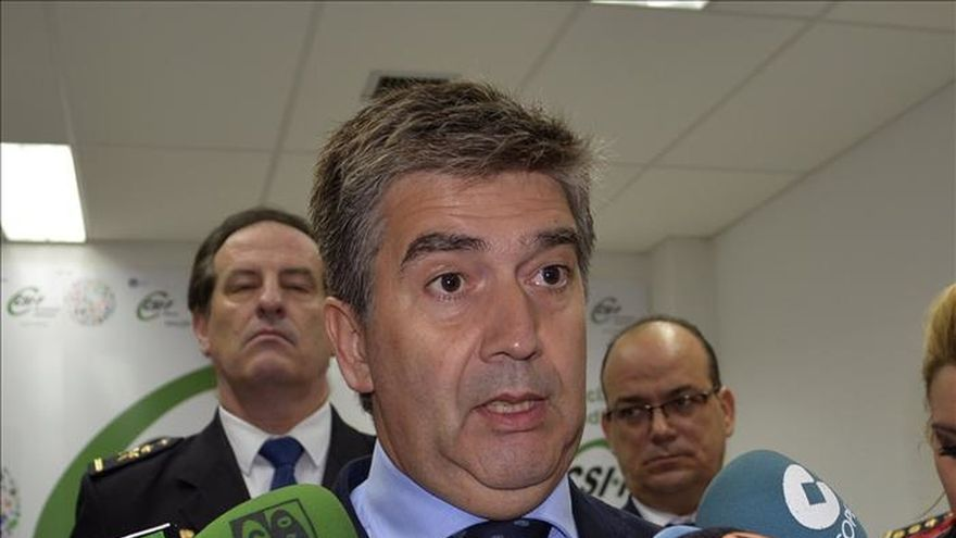 Cosidó pide cooperación policial y rearme social en larga lucha contra el terror