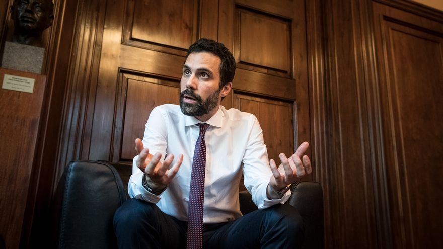 El president del Parlament, Roger Torrent, en su despacho