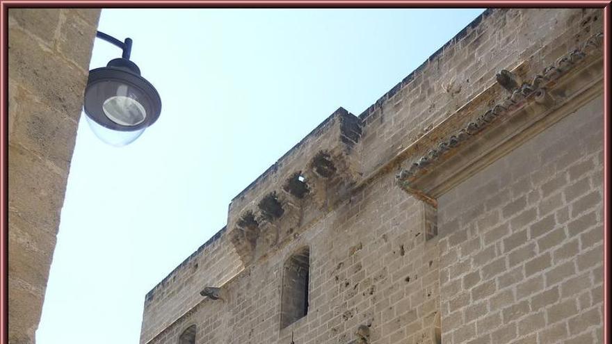 La iglesia de Sant Bartomeu (Xàbia) ha sido reclamada por el Ayuntamiento una vez fuera inmatriculada en 2009 por el Arzobispado, que posteriormente corrigió la inscripción a nombre de la parroquia. Fue declarada Monumento Artístico Nacional en 1931.Foto: Alejandro Blanco (CC).jpg