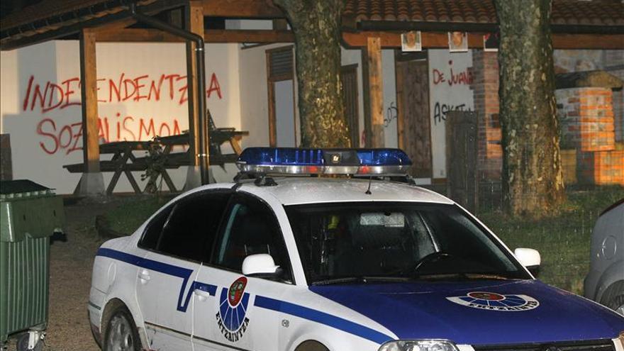 Muere en Llodio una mujer acuchillada por su marido, que ha sido detenido