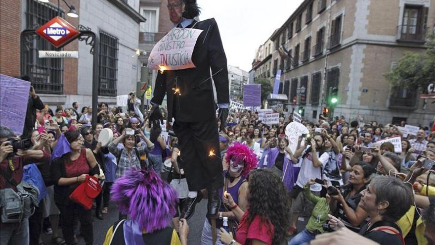 Manifestantes en Madrid contra la reforma de la ley del aborto.