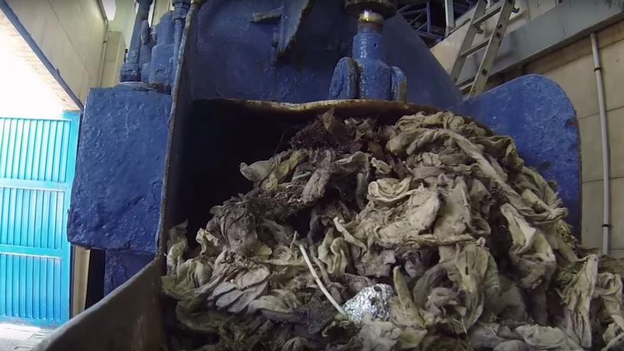 Toallitas sanitarias del sistema de alcantarillado de Zaragoza