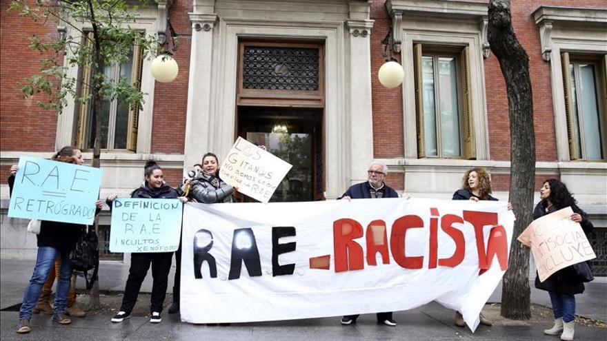 Le piden a la RAE que cambie la definición de gitano por racista y humillante