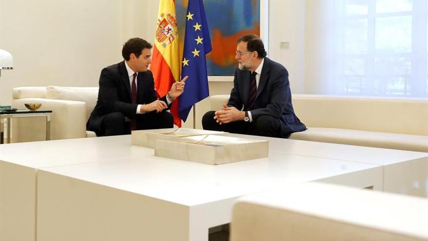 El Gobierno actuará en Cataluña ante ilegalidades sin plantearse ahora otro 155